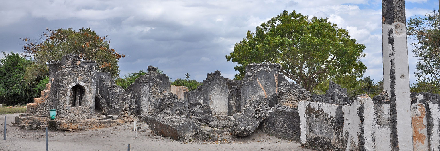 Bagamoyo Ruins - Mosque and Tombs